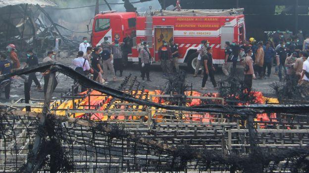 sisa2-kebakaran-pabrik-petasan-tangerang