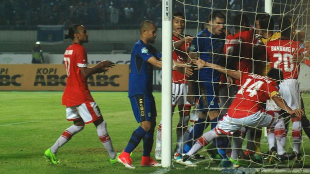 persija-vs-persib-3november2017